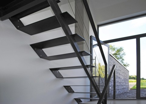 escaliers marches t les acier ets bertrand. Black Bedroom Furniture Sets. Home Design Ideas