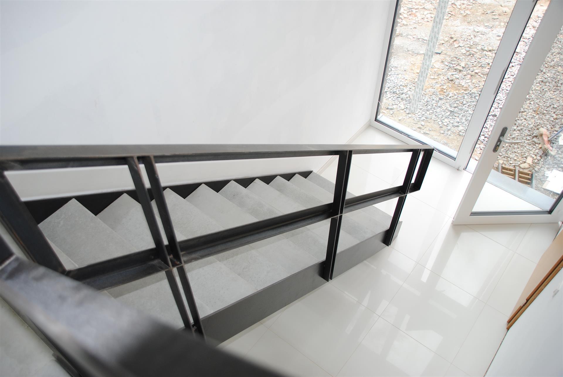 garde corps ets bertrand. Black Bedroom Furniture Sets. Home Design Ideas